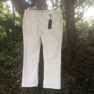 ANA white Capri pants